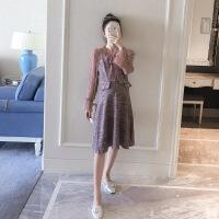 潮牌热推 孕妇装秋装长袖小香风连衣裙韩版中裙款修身亮丝孕妇裙拼接针织裙 紫色